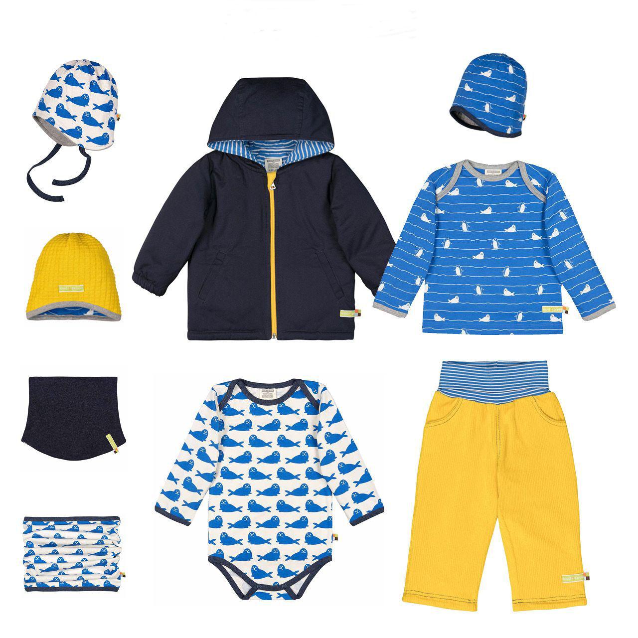 Téli gyerekruha kollekcióötlet kék-sárga összeállítás