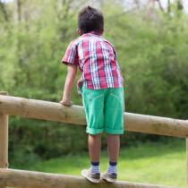 Divatos kisfiú deck rövidnadrág