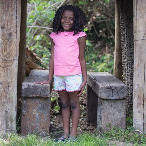 NaturAnyu Babaruha-Gyerekruha Vidám pillangós lányka rövidnadrág